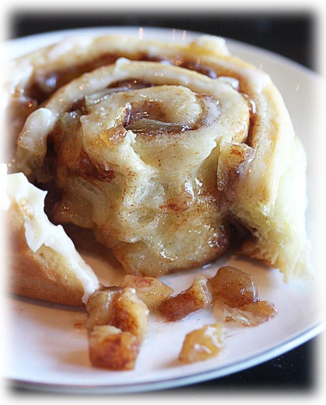 9 Apple Pie Cinnamon Rolls