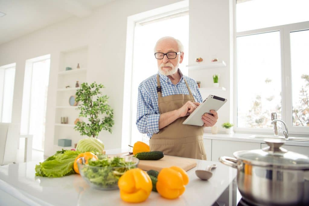 3 Diet Changes To Boost Your Energy Levels As You Age